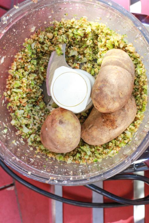 broccoli and basil pesto www.girlontherange.com
