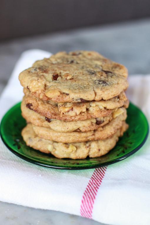 chocolate cookies www.girlontherange.com