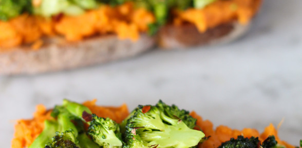 food on toast – roasted balsamic broccoli and sweet potato