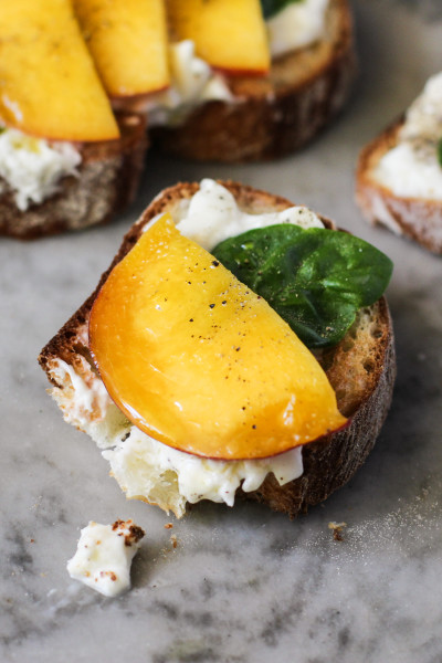 food on toast – peach, burrata and basil