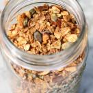 vanilla almond granola www.girlontherange.com