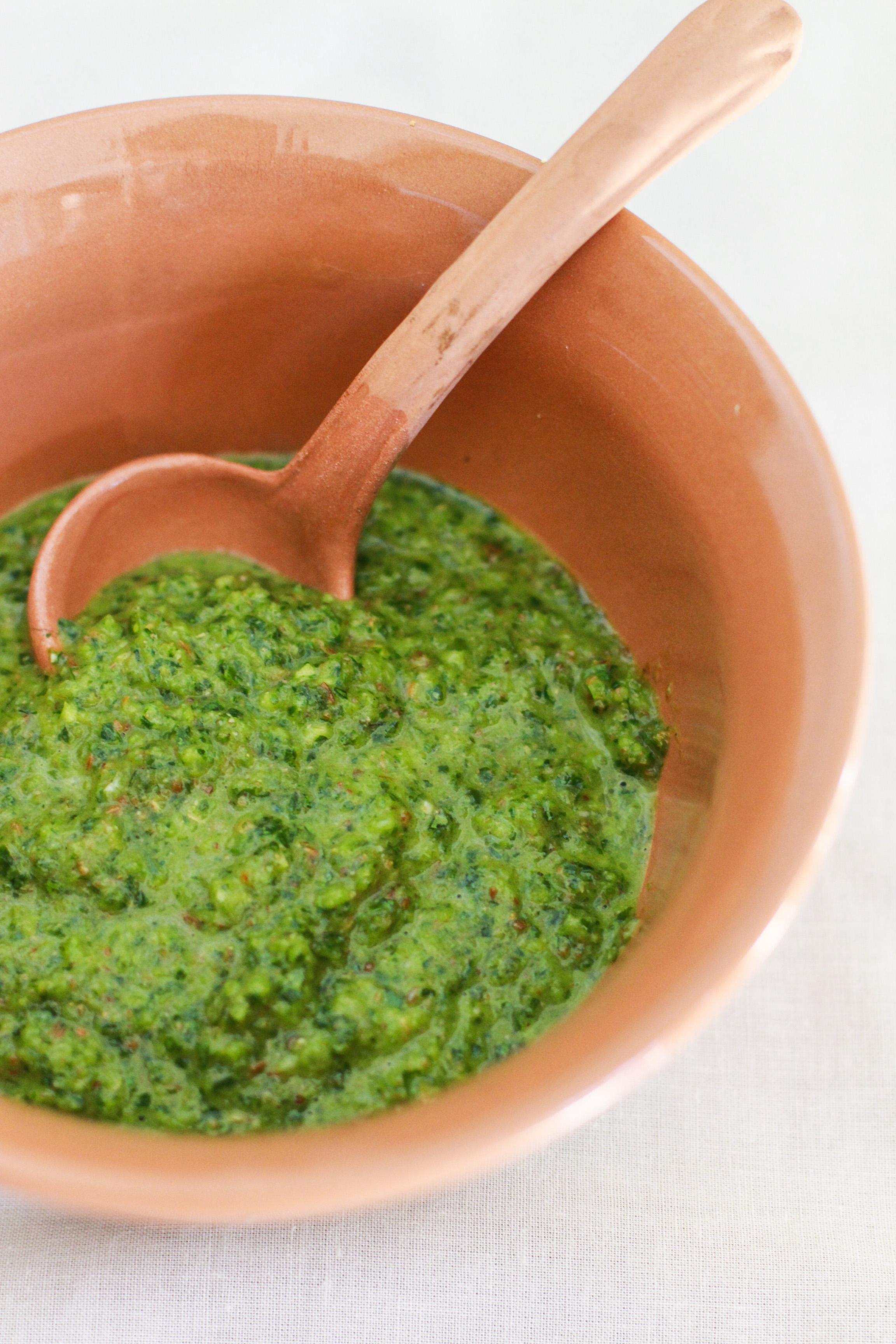 chimichurri sauce www.girlontherange.com