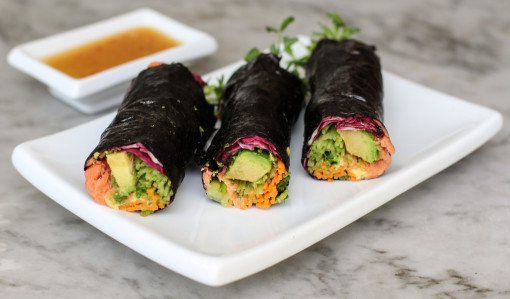 salmon and avocado nori wrap www.girlontherange.com