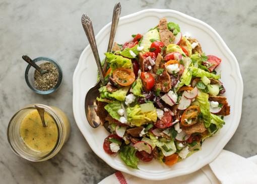 fattoush salad with pita www.girlontherange.com