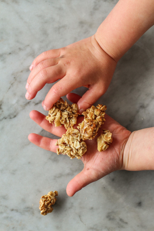 maple, walnut granola clusters www.girlontherange.com