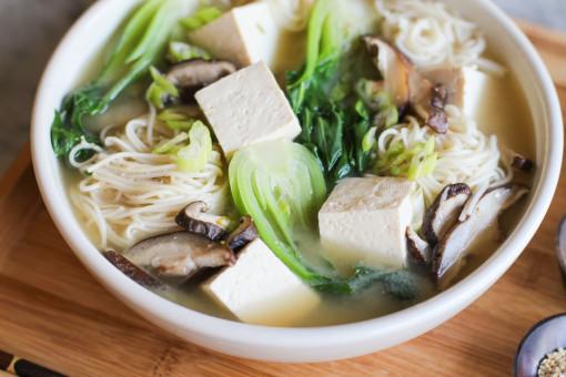 miso noodle soup tofu www.girlontherange.com