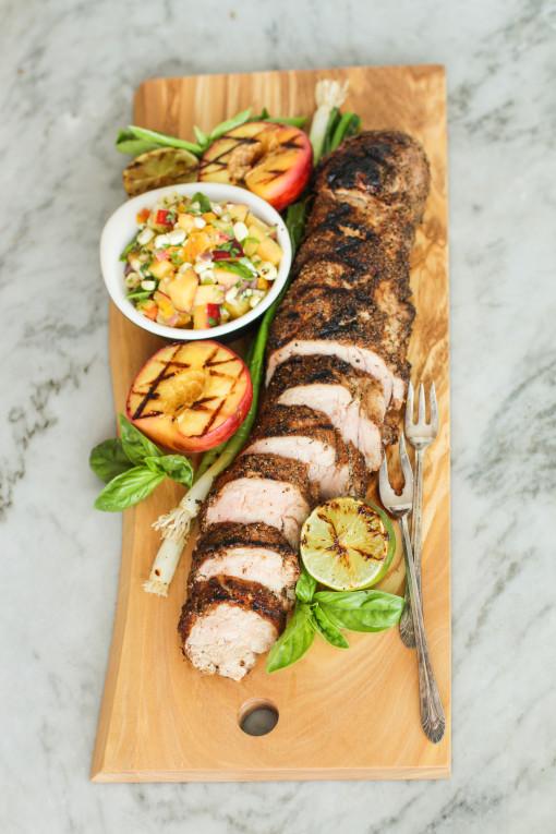 spice rubbed pork tenderloin tray www.girlontherange.com