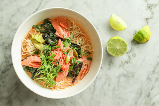 thai red curry noodles lime www.girlontherange.com