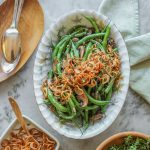 garlic green beans with mushrooms and crispy shallots