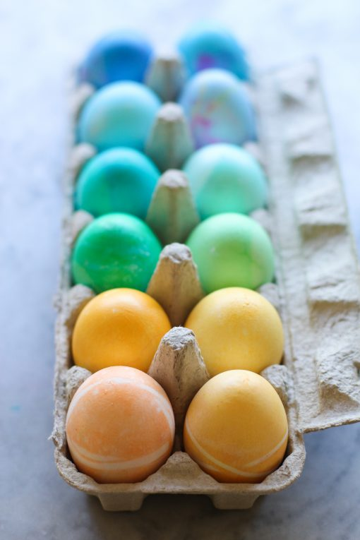 easy rainbow dyed easter eggs