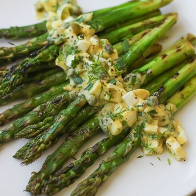 grilled asparagus with sauce gribiche